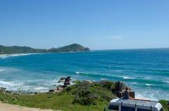 Acordar na praia em Brasil imagens de stock royalty free