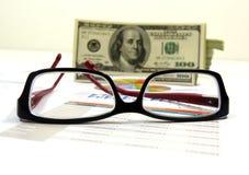 Acordo de vendas e lista de verificação fotografia de stock royalty free