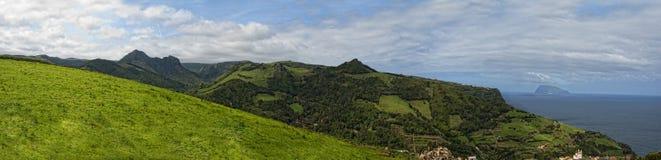Acores; flores海岛,东海岸全景  图库摄影