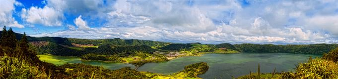 Acores; sao Miguel - lagos da cratera dos cidades do sete Imagem de Stock