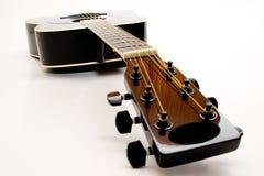acousting gitarr Arkivfoton