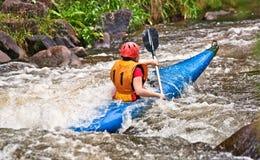 Acqua bianca che kayaking Fotografia Stock