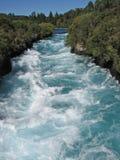 Acqua bianca del fiume di Waikato, Nuova Zelanda fotografia stock