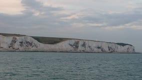 Acqua blu alla costa di Dover Immagine Stock