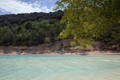 Acqua blu del golfo del lago Fotografie Stock