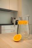 Acqua con l'arancio Fotografia Stock