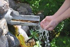 Acqua di fonte Fotografie Stock Libere da Diritti