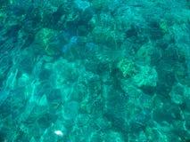 Acqua di mare di cristallo Fotografia Stock Libera da Diritti