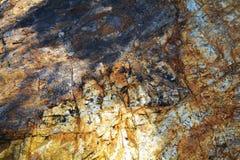Acqua di mare trasparente, rocce, fondo dei minerali Fotografia Stock