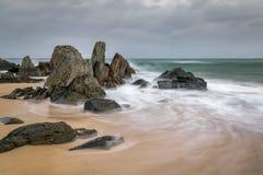 Acqua di turbine su Sandy Beach immagini stock libere da diritti