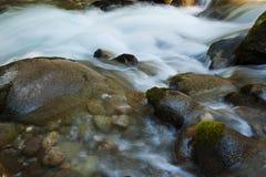 Acqua e roccia Fotografia Stock