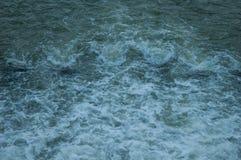 Acqua nella diga Fotografia Stock