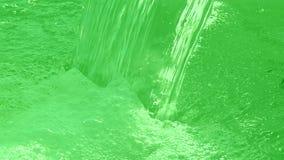 Acqua verde, primo piano della cascata, Immagini Stock