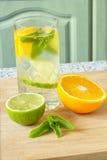 acqua Vitamina-fortificata Fotografie Stock Libere da Diritti