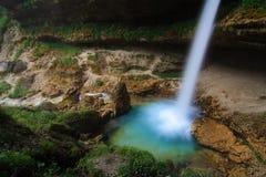 Acquazzone dell'acqua fredda Fotografia Stock Libera da Diritti