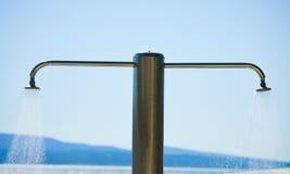 Acquazzone della spiaggia di estate Fotografie Stock