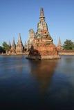 Acque di inondazione della ram di Wat Chai Wattana grandi su tailandese. Fotografia Stock Libera da Diritti