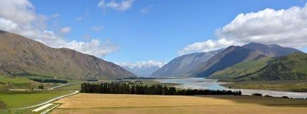 Acque a monte del panorama Nuova Zelanda del fiume di Rangitata Fotografia Stock