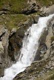 Acque selvagge nelle alpi Fotografie Stock