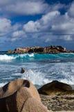 Acquerello blu della spiaggia del paesaggio dell'oceano Immagine Stock Libera da Diritti
