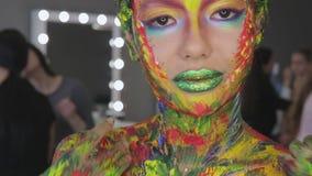 Acquerello di trucco di arte della ragazza archivi video