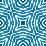 Acquerello geometrico blu Reticolo senza giunte sveglio Bande disegnate a mano Struttura della spazzola Chevro soddisfacente immagine stock