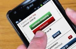 Acquisto al minuto mobile Fotografia Stock Libera da Diritti