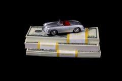 Acquisto dell'automobile sportiva - piacere costoso Immagine Stock