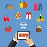 Acquisto online, telefono cellulare, acquisto con il telefono cellulare Fotografie Stock Libere da Diritti