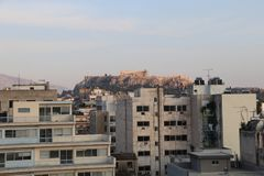 Acrópole vista de Atenas Fotos de Stock Royalty Free