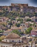 Acrópolis de Grecia, de Atenas y vecindad de Plaka Foto de archivo