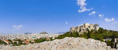 Acrópolis y Atenas, Grecia Imágenes de archivo libres de regalías