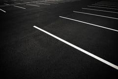 Acres de parkings vides images libres de droits
