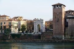 Acro-dei Gavi (Gavi-Bogen) Lizenzfreies Stockfoto