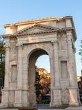 ACRO-dei Gavi in glättender Verona-Stadt im Frühjahr Lizenzfreies Stockbild
