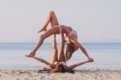 Acro-Yoga Lizenzfreies Stockbild