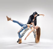 Acrobat pose of a two talented dancers Royalty Free Stock Photos
