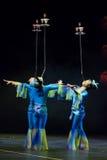 Acrobate cinesi. Troupe di acrobatica di Shantu. Fotografie Stock Libere da Diritti
