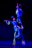 Acrobates chinois. Troupe d'acrobaties de Shantu. Image stock