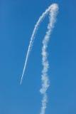 Acrobatica della corsa di volo dell'aereo del GP degli aerei Immagine Stock