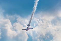 Acrobatico aereo Fotografia Stock