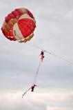 Acrobatics no ar Imagens de Stock Royalty Free