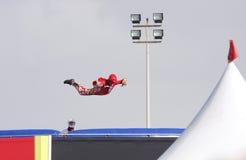 Acrobatisch op Aerodium, Bahrein Airshow 2012 Royalty-vrije Stock Afbeeldingen