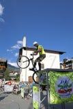 Acrobatische fietserstrucs Het beeld van de kleur Royalty-vrije Stock Foto