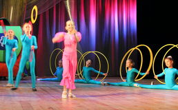 Acrobats and jugglers performance Royalty Free Stock Photography