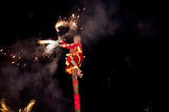 Acrobats are performing a lion and dragon dance Royalty Free Stock Images