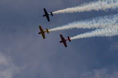 Acrobazie aeree di formazione Fotografia Stock