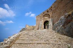 Acrocorinth das Schloss von altem Korinth Lizenzfreie Stockbilder