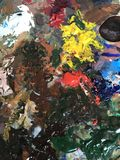 Acrylfarbe und Bürste Lizenzfreies Stockbild