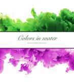 Acrylfarben und Tinte im Wasser Entziehen Sie Feldhintergrund Isolator Stockbild